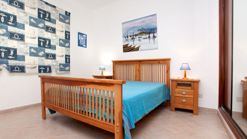 Location appartements et villas de vacance, Apartamento T2 em Condomínio Com Piscina na Praia da Galé em Albufeira à Albufeira, Portugal Algarve, REF_IMG_6121_12083