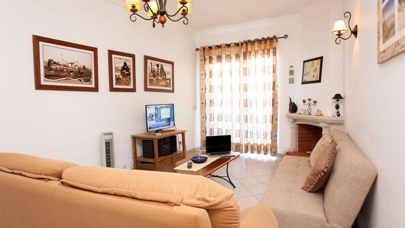 Location appartements et villas de vacance, Apartamento T2 em Condomínio Com Piscina na Praia da Galé em Albufeira à Albufeira, Portugal Algarve, REF_IMG_6121_12084