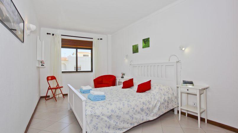 Location appartements et villas de vacance, 2 Algarve Carvoeiro Apartments, sleeps 5 à Carvoeiro, Portugal Algarve, REF_IMG_12687_12692
