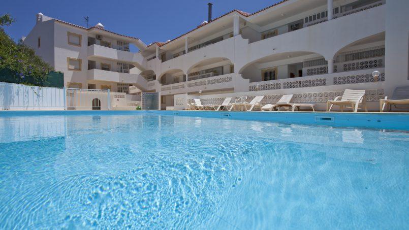 Location appartements et villas de vacance, 2 Algarve Carvoeiro Apartments, sleeps 5 à Carvoeiro, Portugal Algarve, REF_IMG_12687_12688
