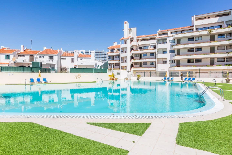 Apartamentos e moradias para alugar, 180° Sea views, Pool, 2 bedrooms and 2 balconies em Albufeira, Portugal Algarve, REF_IMG_13320_13408