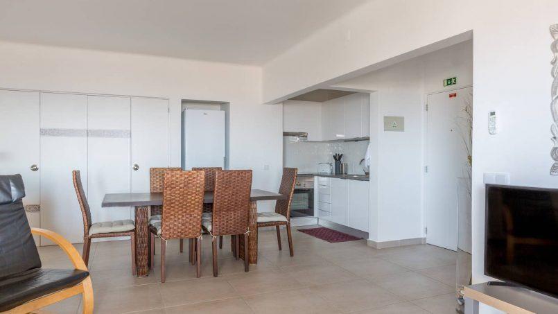 Location appartements et villas de vacance, 180° Sea views, Pool, 2 bedrooms and 2 balconies à Albufeira, Portugal Algarve, REF_IMG_13320_13411