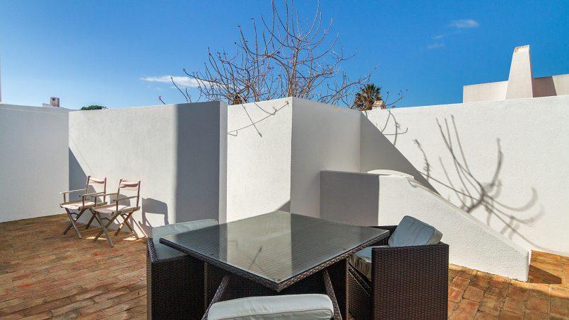 Holiday apartments and villas for rent, Liiiving in Algarve | Alvor Blue Villa in Alvor, Portugal Algarve, REF_IMG_14545_14550