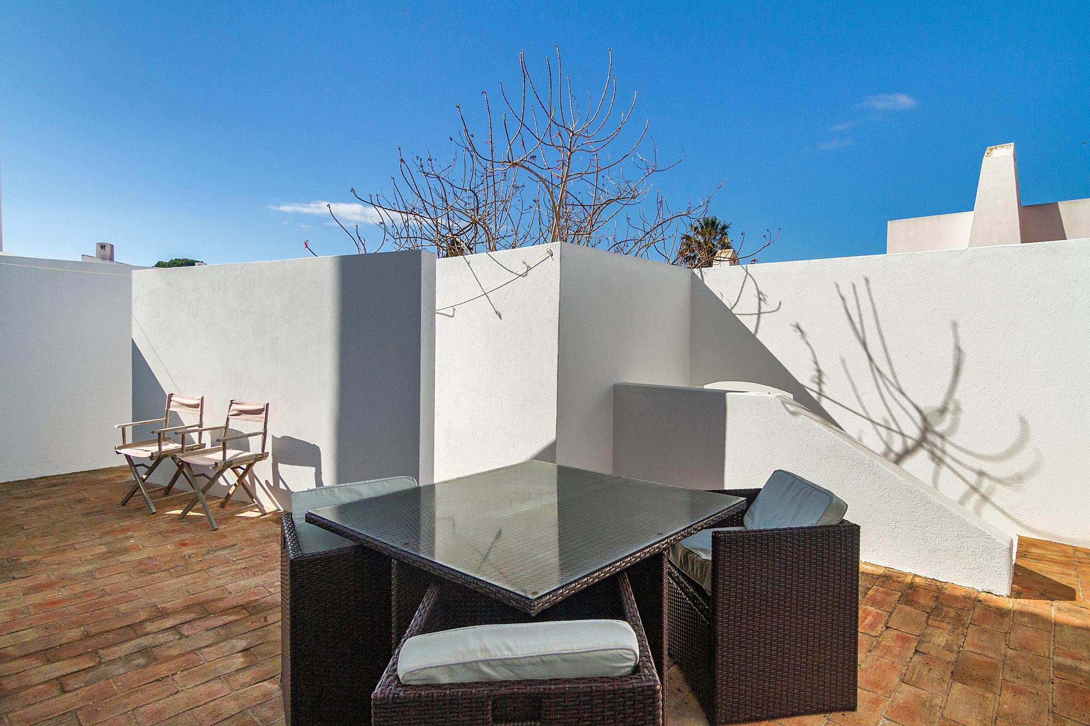 Location appartements et villas de vacance, Liiiving in Algarve | Alvor Blue Villa à Alvor, Portugal Algarve, REF_IMG_14545_14550