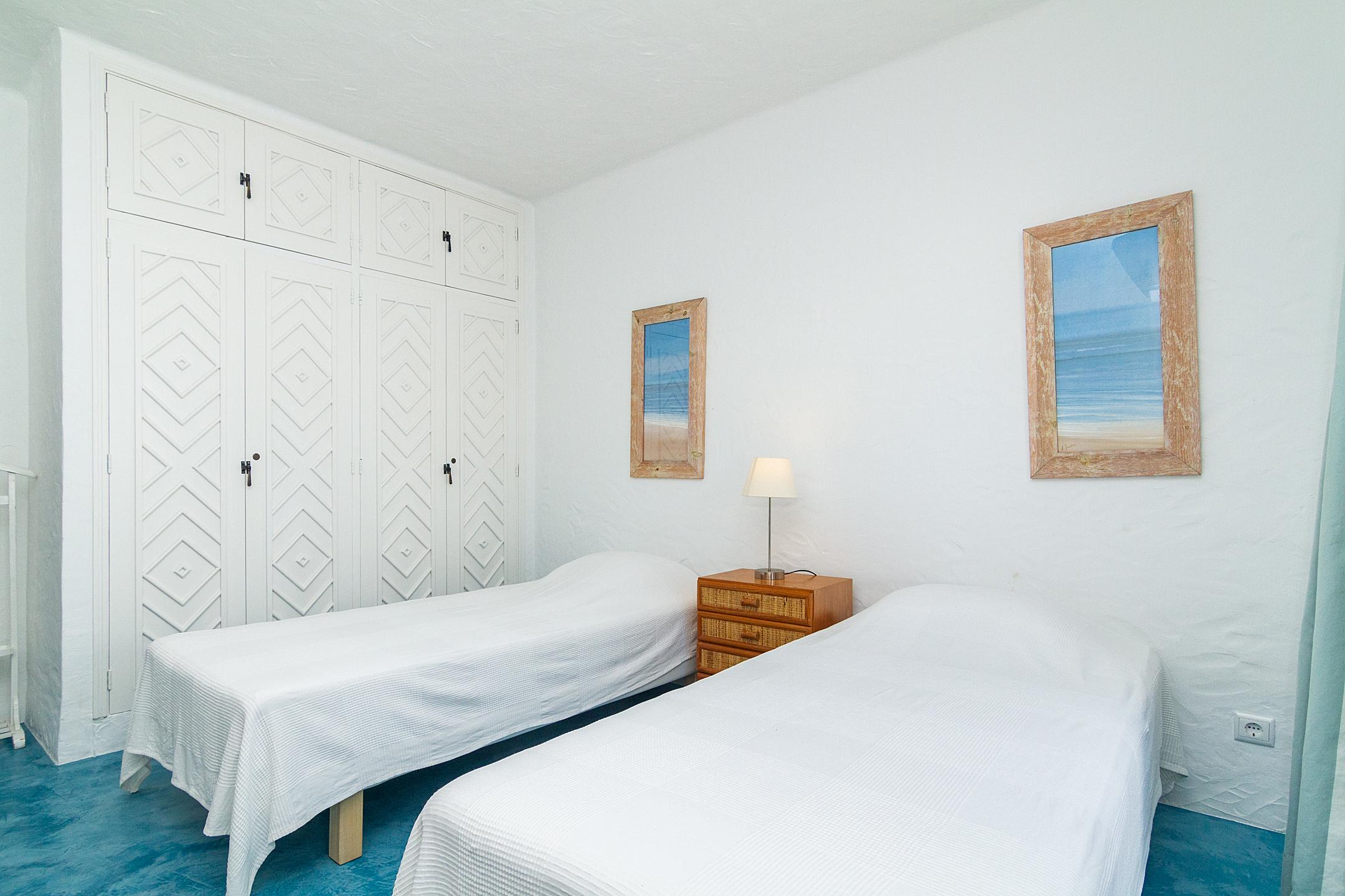 Location appartements et villas de vacance, Liiiving in Algarve | Alvor Blue Villa à Alvor, Portugal Algarve, REF_IMG_14545_14554