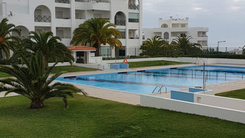 Location appartements et villas de vacance, Apartamento T1 com vista mar à Porches, Portugal Algarve, REF_IMG_13921_13937