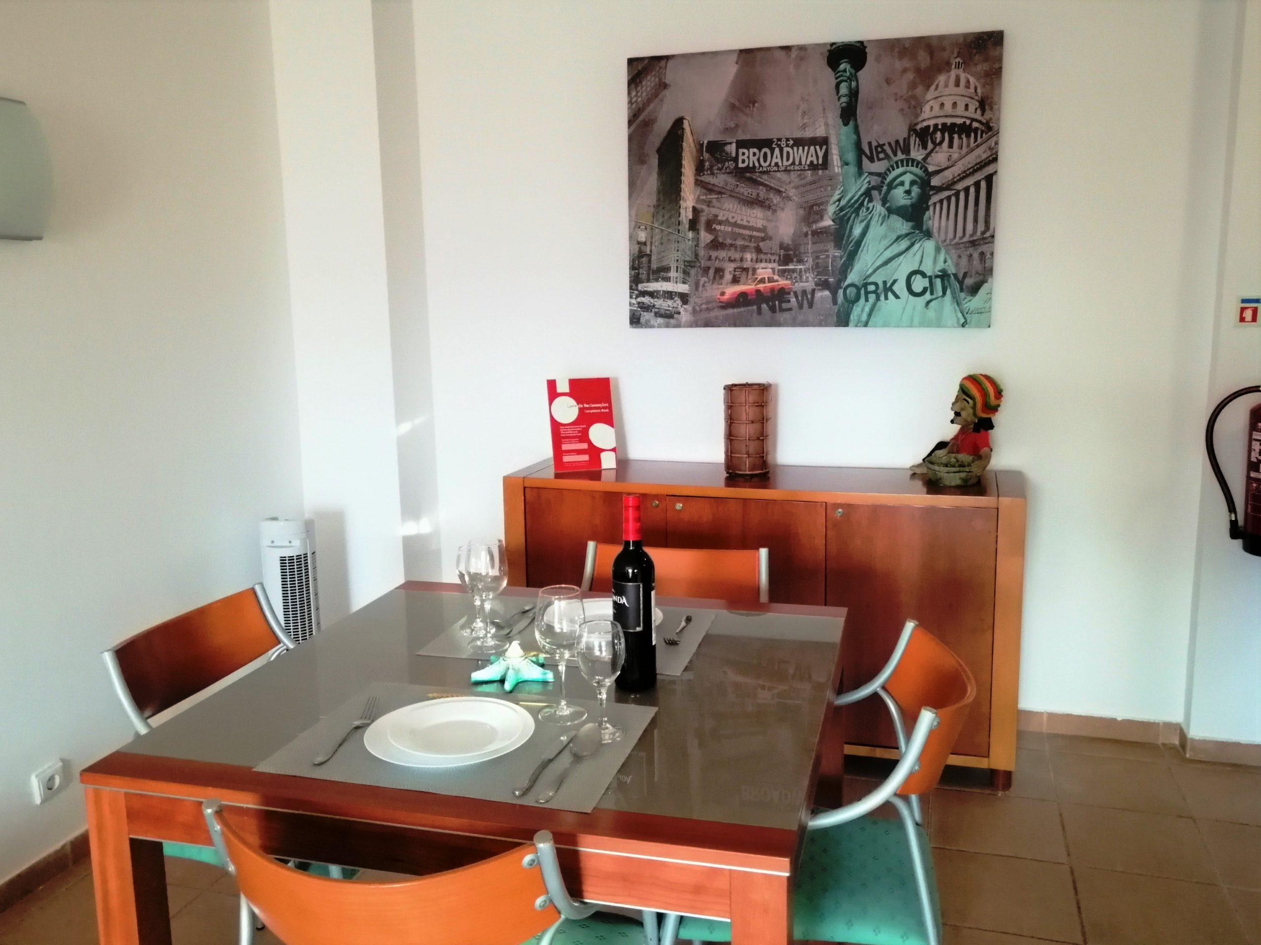 Holiday apartments and villas for rent, T1 Albufeira em cond. fechado c/ piscina 4/5 pessoas JUN / JUL / AGO / SET in Albufeira, Portugal Algarve, REF_IMG_14867_14875