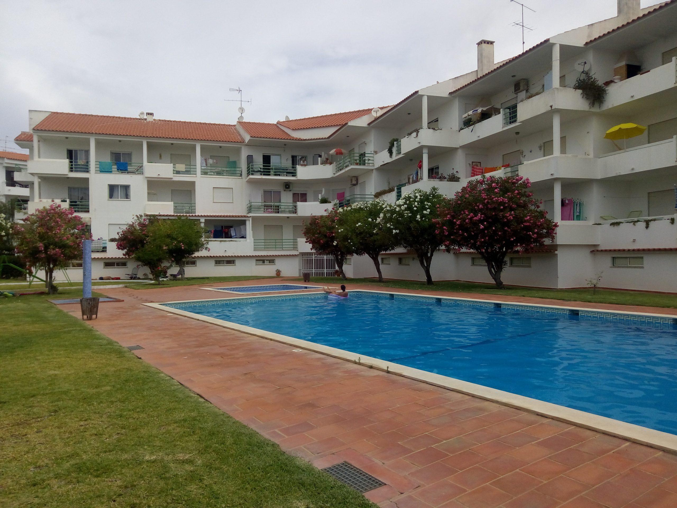 Holiday apartments and villas for rent, Apartamento 4 pessoas à beira mar com piscina Albufeira in Albufeira, Portugal Algarve, REF_IMG_15094_15099
