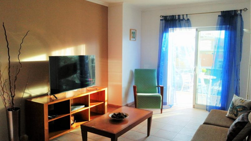 Holiday apartments and villas for rent, T1 Albufeira em cond. fechado c/ piscina 4/5 pessoas JUN / JUL / AGO / SET in Albufeira, Portugal Algarve, REF_IMG_14867_14873