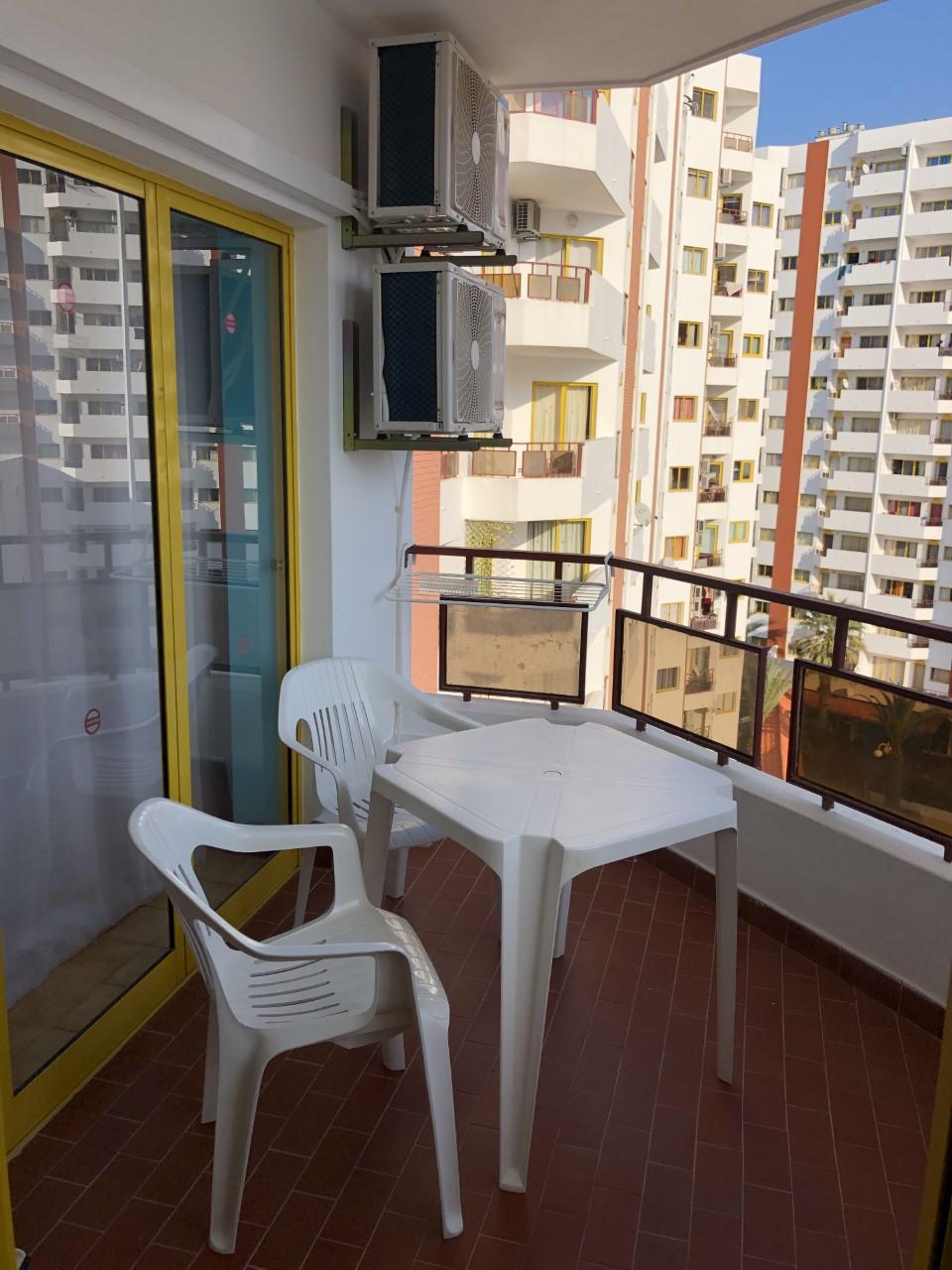 Holiday apartments and villas for rent, T1 na Praia da Rocha para férias in Portimão, Portugal Algarve, REF_IMG_14431_14451