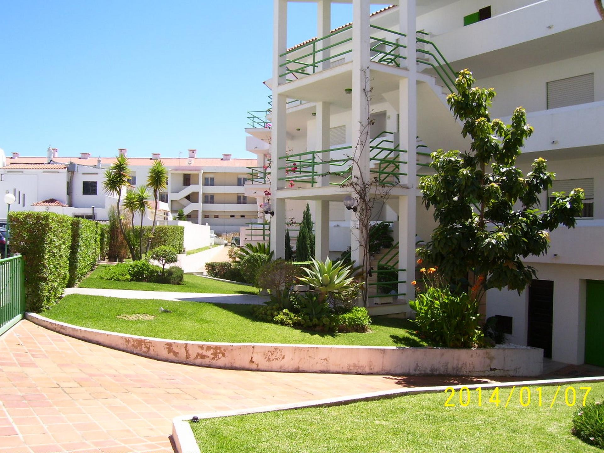Holiday apartments and villas for rent, Apartamento 4 pessoas à beira mar com piscina Albufeira in Albufeira, Portugal Algarve, REF_IMG_15094_15102