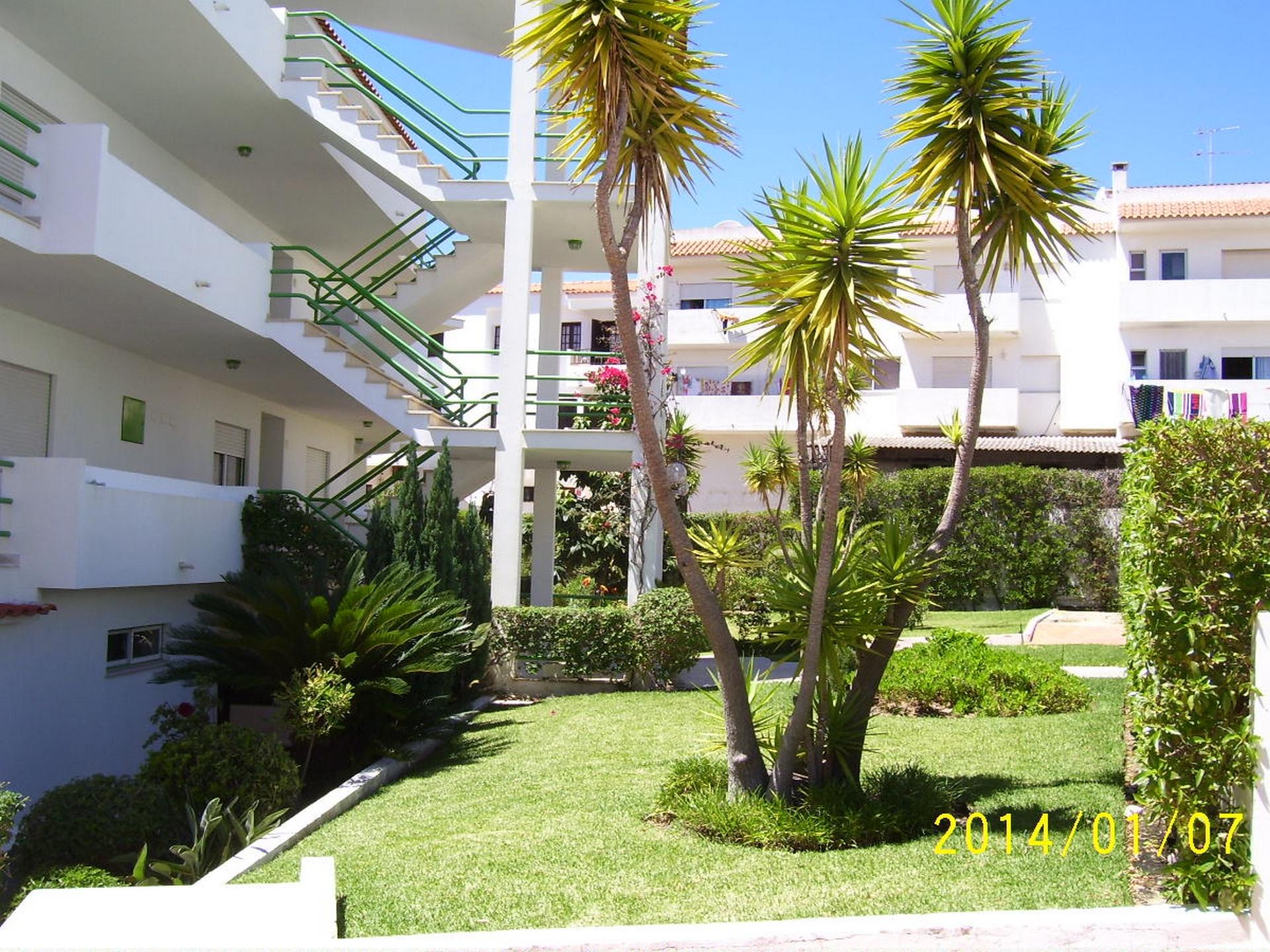 Holiday apartments and villas for rent, Apartamento 4 pessoas à beira mar com piscina Albufeira in Albufeira, Portugal Algarve, REF_IMG_15094_15100