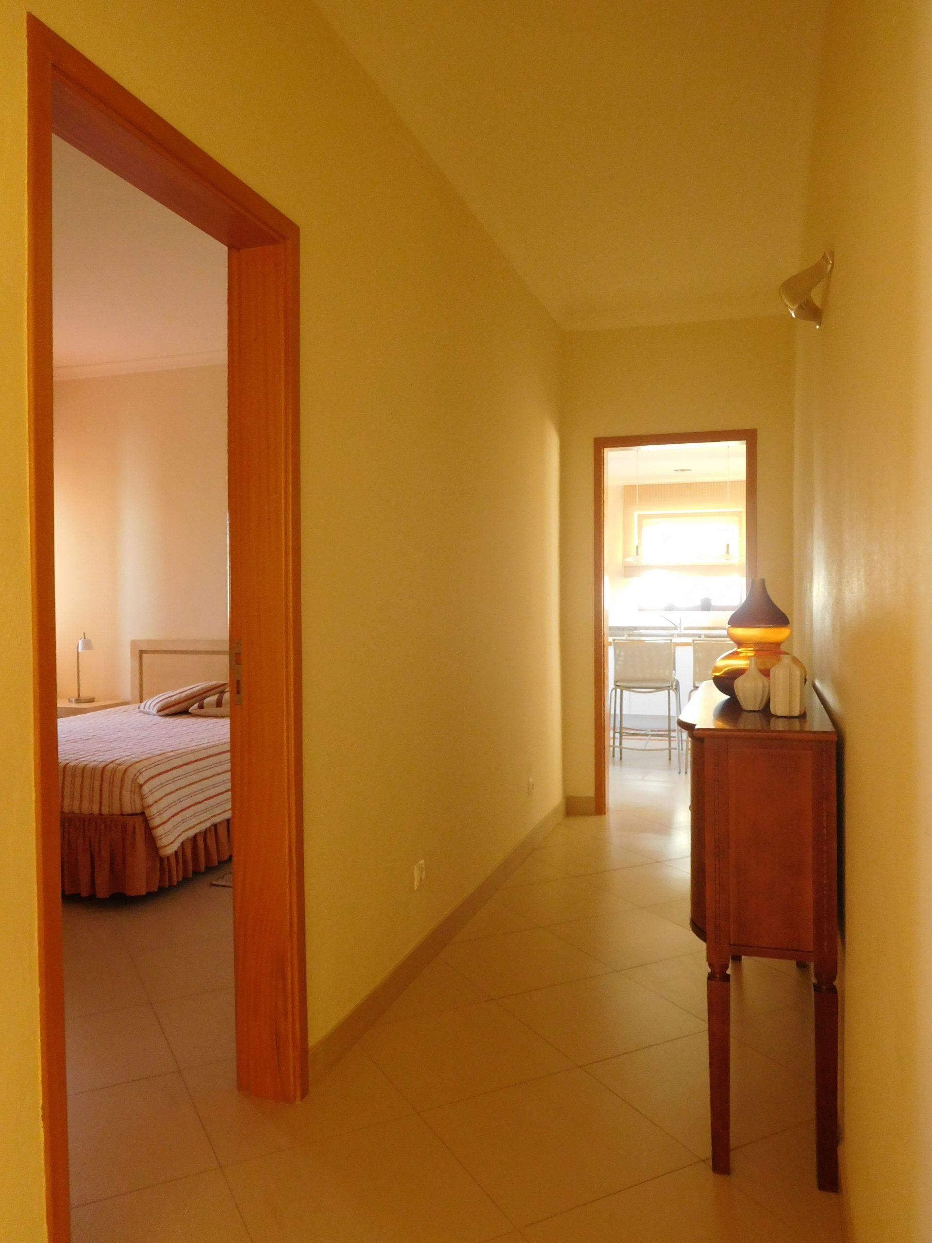 Apartamentos e moradias para alugar, Praia Dona Ana – Aluguer T1 em Lagos, Portugal Algarve, REF_IMG_15548_15567