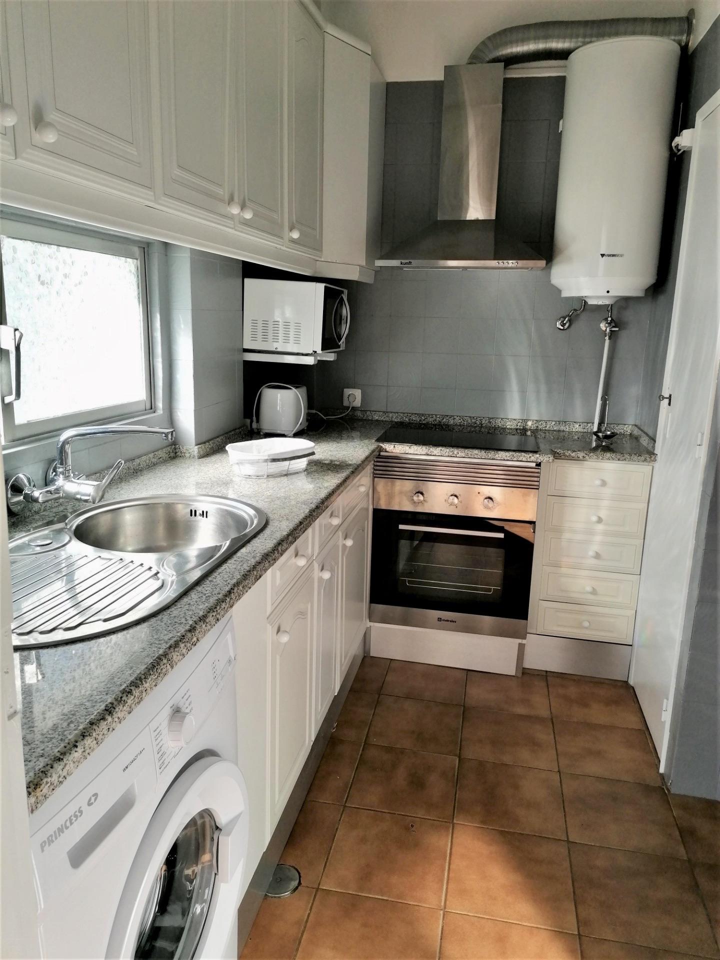 Location appartements et villas de vacance, Albufeira Bran House, Fantástico Apartamento Férias T1, a 200m a pé da praia, Baixa Antiga de Albufeira à Albufeira, Portugal Algarve, REF_IMG_15967_15969