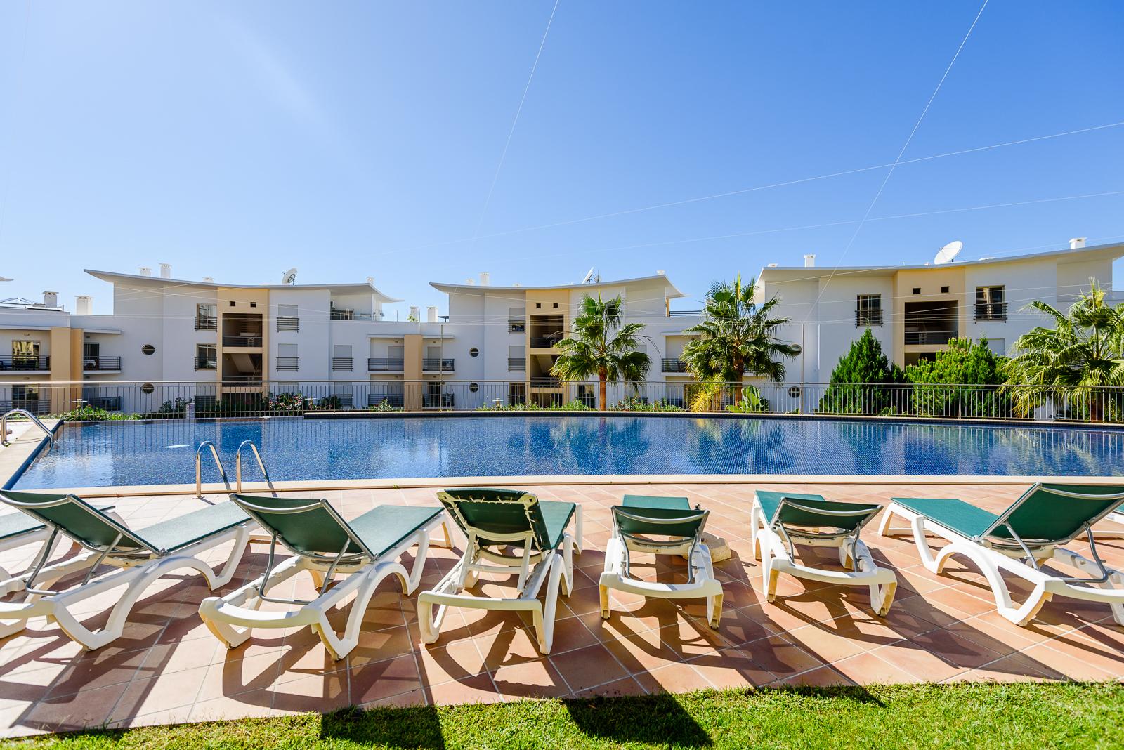 Location appartements et villas de vacance, Ocean View Apartment with Terrace à Albufeira, Portugal Algarve, REF_IMG_15886_15892