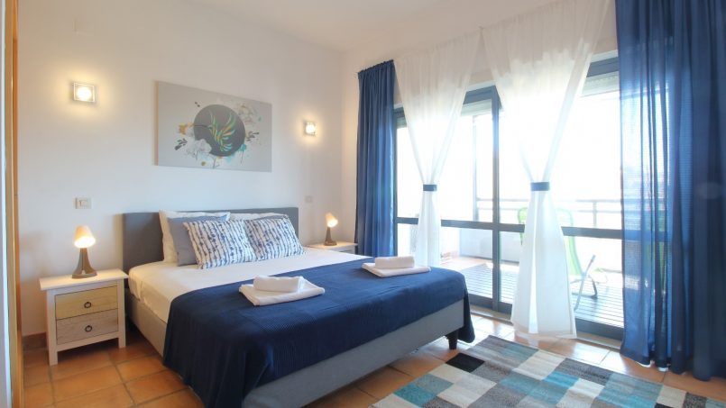 """Location appartements et villas de vacance, PAPAYE , appartement  exposé SUD, vue Mer. """"MARINA PARK"""" Lagos à Lagos, Portugal Algarve, REF_IMG_17085_17088"""