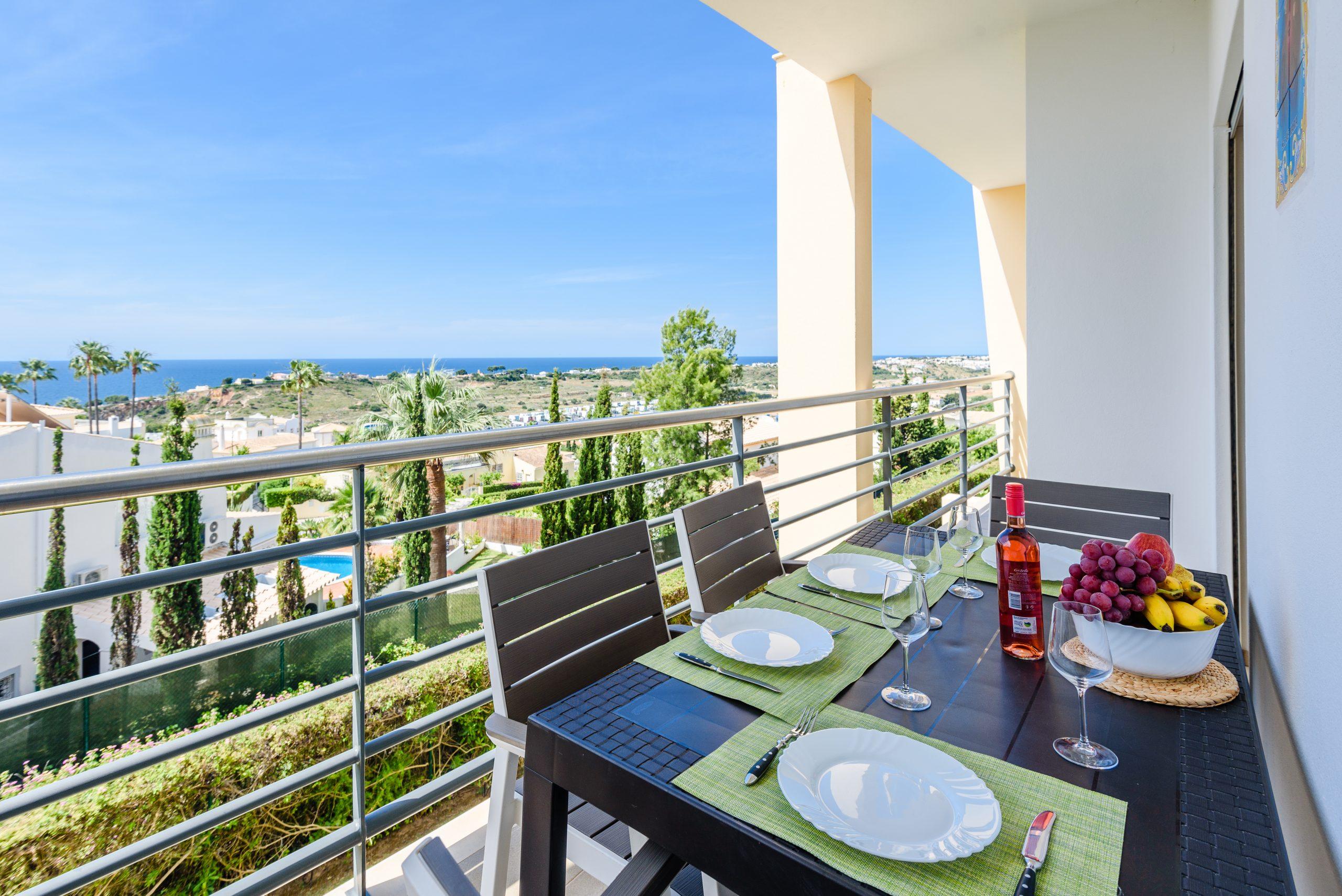 Location appartements et villas de vacance, Ocean View Apartment with Terrace à Albufeira, Portugal Algarve, REF_IMG_15886_17364