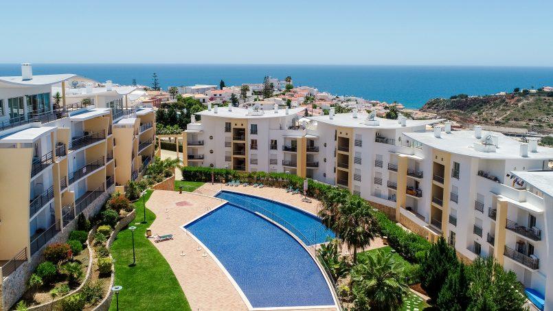 Location appartements et villas de vacance, New Ocean View Apartment with Terrace à Albufeira, Portugal Algarve, REF_IMG_15765_17367