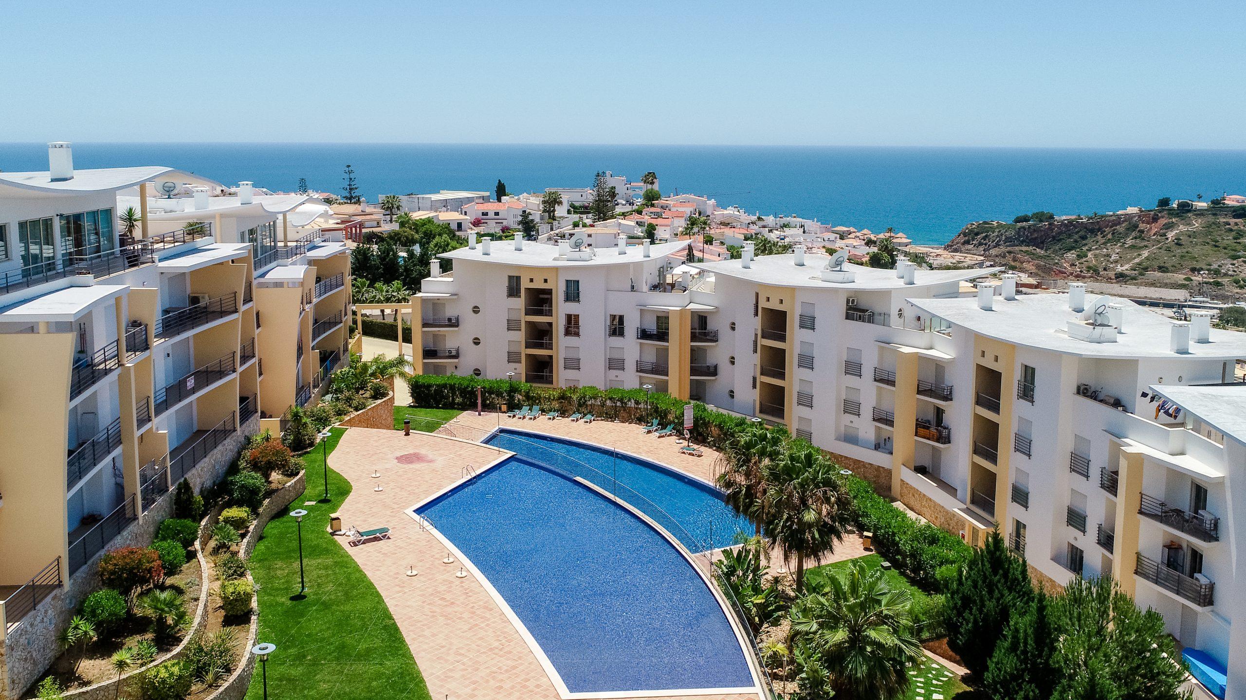 Location appartements et villas de vacance, Ocean View Apartment with Terrace à Albufeira, Portugal Algarve, REF_IMG_15886_17365