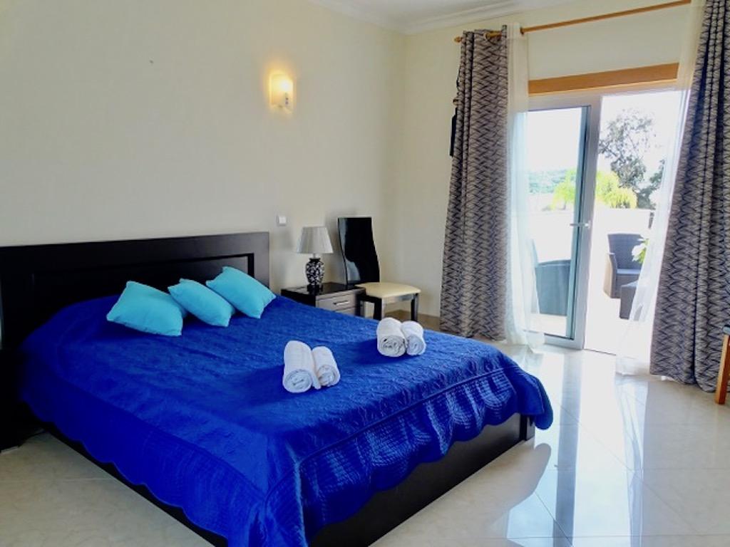 """Apartamentos e moradias para alugar, Charmante Villa dans le """" Parc Hotel Resort Golf """" de Pénina em Alvor, Portugal Algarve, REF_IMG_17719_17741"""