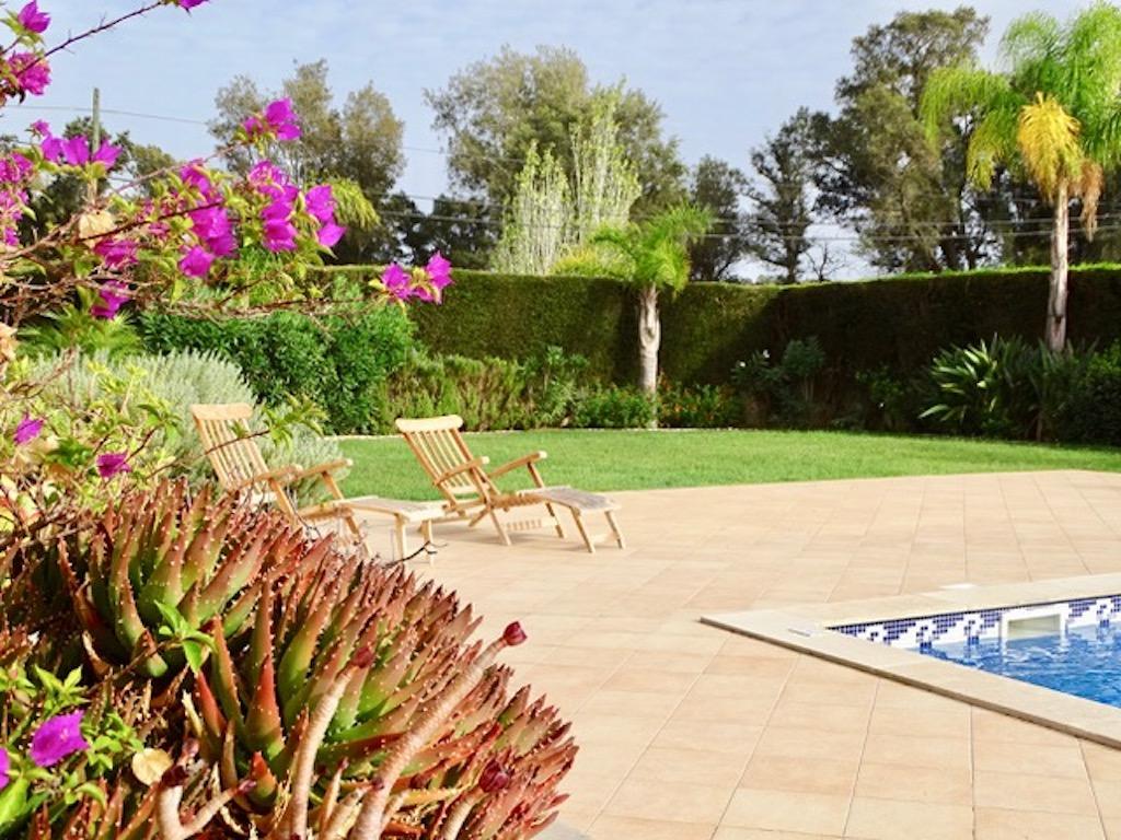 """Apartamentos e moradias para alugar, Charmante Villa dans le """" Parc Hotel Resort Golf """" de Pénina em Alvor, Portugal Algarve, REF_IMG_17719_17721"""